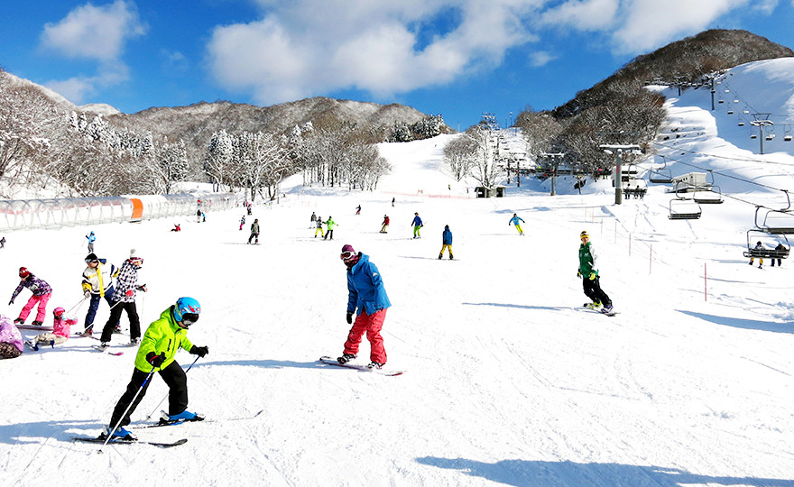 【滋賀のスキー場】グランスノー奥伊吹スキー場!現在の天気は?